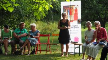 Monika Lauper, Seelsorgerin in Rheinfelden, gestaltete den Gottesdienst gemeinsam mit Initiatin Claudia Mennen. | © Anne Burgmer