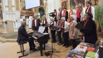 Der Gospelchor Anthony Singers war aus dem weiten Westen (Bern) in den östlichen Teil des Bistums Basel - den Thurgau - gekommen, um die Institutio-Feier musikalisch zu gestalten. | © Werner Rolli