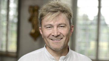 Hansruedi Huber, Kommunikationsverantwortlicher des Bistums Basel bestätigt: Ein Grund für die verpflichtende Weiterbildung liegt in der schlechten Bewertung von katholischen Predigten, die in der Kirchenreputationsstudie 2015 festgehalten wurde. | © Felix Wey