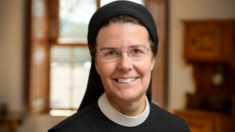 «Es ist nach wie vor unverständlich, weshalb Ordensbrüder, die nicht Priester sind, ein Stimmrecht an Bischofssynoden haben, Ordensfrauen jedoch nicht», so Priorin Irene Gassmann. | © Felix Wey