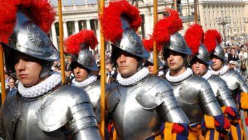 Die Päpstliche Schweizergarde ist das einzige verbliebene päpstliche Armeekorps in Waffen. Es ist 500 Jahre her, da nahm am 22. Januar 1506 Papst Julius II. das erste Kontingent der Schweizergarden auf. | © Vera Rüttimann