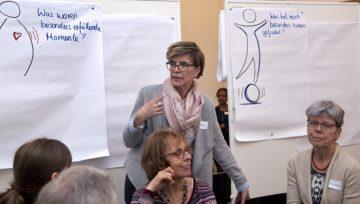 Projektleiterin Isabelle Odermatt zieht eine positive Bilanz: «Die Freiwilligen konnten bei der Arbeits- und Wohnungssuche, bei Fragen rund um Gesundheit, Familiennachzug und Bildung helfen». | © Roger Wehrli
