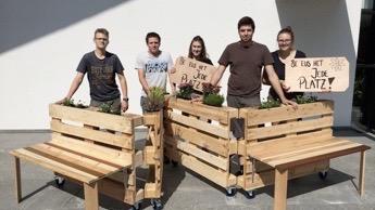 Die flexible Holzbank des Jubla-Leitungsteams aus Döttingen erhielt von der Jury ebenfalls die maximale Punktzahl. Resultat: Ebenfalls Platz 1. | zvg